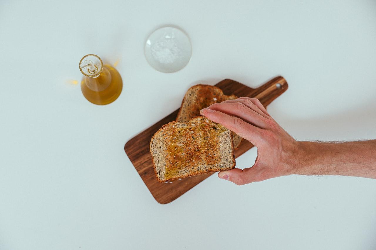 aceite de lino con pan