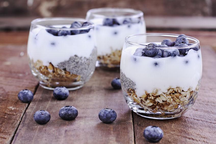 granola con yogurt rico en prebióticos