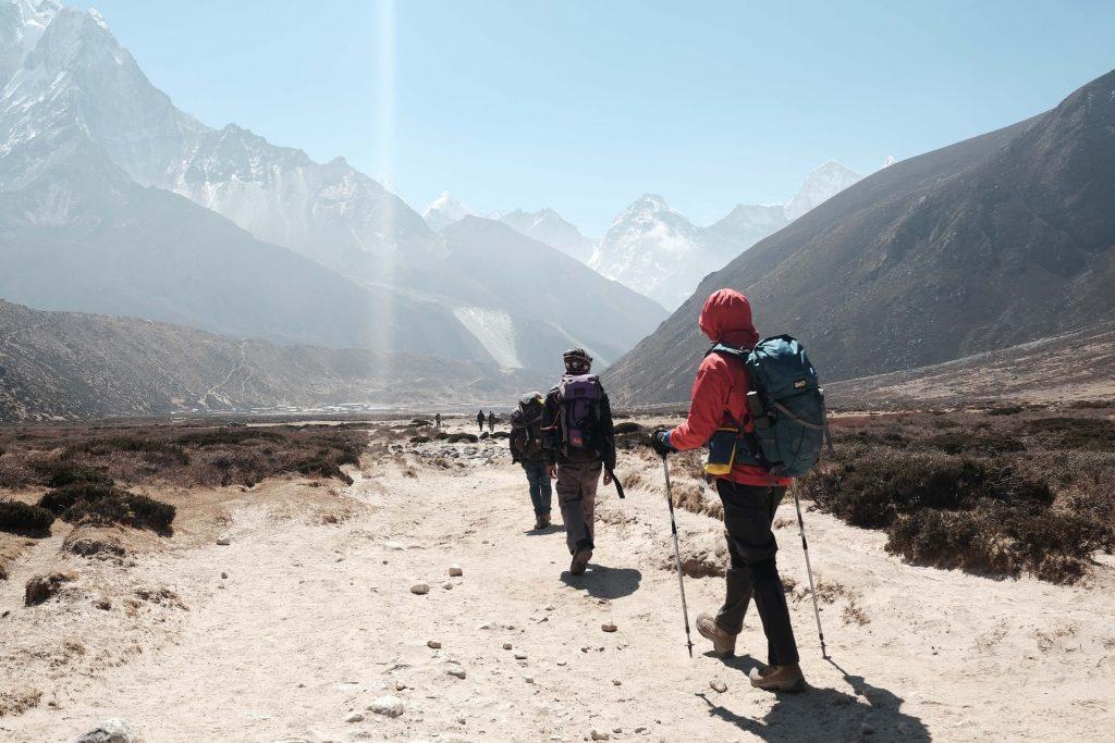 trkkeing en montañas
